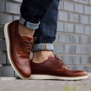 COLE HAAN GRAND OS SHORTWING OXFORD SZ: 10.5